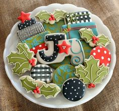 Creative Holly Cookies