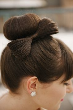 1950s -60s special occasion bow on bun up-do