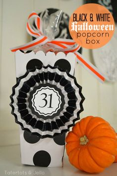 FREE black and white popcorn box printable