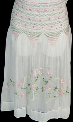 vintage embroidery dress