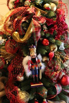 Nutcrackers and Initial on tree