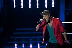 Jamar Rogers, the HIV-positive contestant on The Voice, sings his way into the top 24.