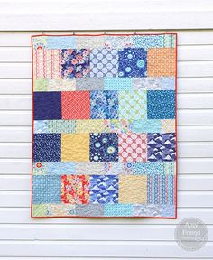 Amy Friend's delightful version of the Layer Cake Lemonade free quilt pattern from the Fat Quarter shop made with Kate Spain Sunnyside fabrics — During Quiet Time blog