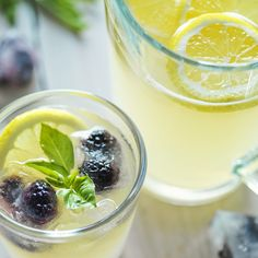 Fresh Lemonade with Blackberry Ice Cubes! - Sprouts Farmers Market - sprouts.com #GreatGrillin