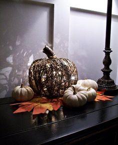 #DIY Illuminated Pumpkin #CRAFTS