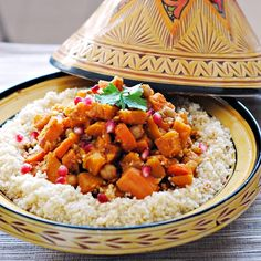Butternut Squash, Sweet Potato, and Chickpea Tagine - #vegetarian - wow this sounds amazing!