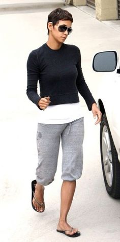 Halle Berry Fashion and Style - Halle Berry Dress, Clothes, Hairstyle - Page 36