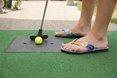 Make your own mini putt putt in the back yard for FREE at home family fun!