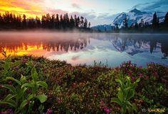 http://open.az/uploads/posts/2011-08/1312792613_lake-reflection-08.jpg