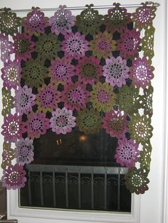 lace flowers, window curtains, idea, craft, crochet curtains, cortina, window treatments, kitchen, flower patterns