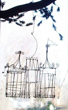 Wire basket for jars