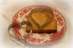Valentine's Day toast for breakfast in bed & other inexpensive ideas