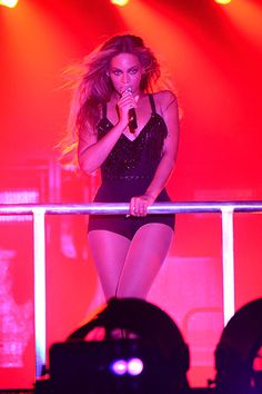 "Beyonce perform during opening night of the ""On The Run Tour: Beyonce And Jay Z"" at Sun Life Stadium on June 25, 2014 in Miami Gardens, Florida."