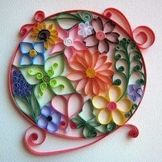 Quilled flowers set in a paper bezel, Dicas Quilling