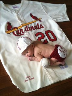 Crochet Baseball Diaper Cover by MamaElfi on Etsy, $15.00