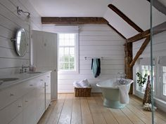 Vintage master bathroom