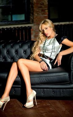 llona, transgender beauty from Russia with love!  I would want to be her for a day!  #transgender