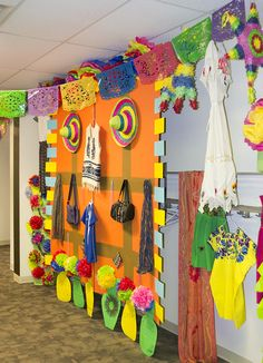 Celebrate the various cultures found around the world -- our relatives and fellow members of the human race -- with fun displays in your hallways! #TheIncredibleRace #AnswersVBS #VBS2019