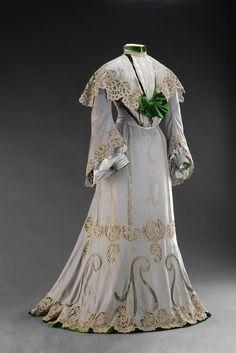 Day dress, 1902.