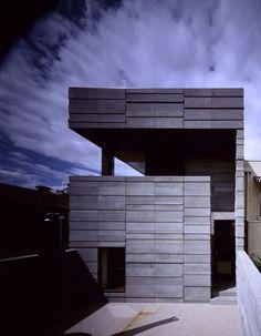 57 Tivoli Road modern home in Melbourne