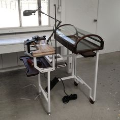 DIY Portable! Jewelers Bench & DISPLAY!! | wow! great job! Love this! #jewelrymaking