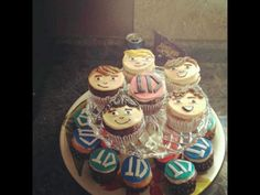 One Direction Cupcakes :D