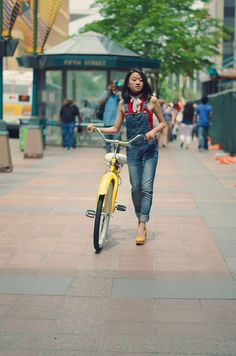 Bike Interview with Style Blogger Joua