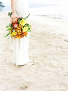 Island bouquet: http://www.stylemepretty.com/destination-weddings/2014/05/13/hawaiian-beach-wedding-inspiration/   Photography: Wendy Laurel - http://www.wendylaurel.com/