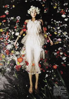 ❀ Flower Maiden Fantasy ❀ beautiful art fashion photography of women and flowers - floating on flowers