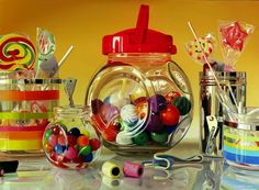 Italian artist Roberto Bernard. These are paintings!