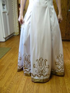 Hey listen a zelda board on pinterest princess zelda for Legend of zelda wedding dress