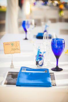 Loving the crisp blue touches in this Hawaiian wedding at Olowalu Plantation House! {Genesa Richards Photography}