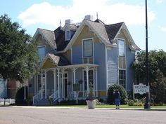Tennessee Williams's birthplace, Columbus, MS by jeffpikechlo, via Flickr favorit place, columbus, neat place, birthplac, tennessee, south, tennesse william, mississippi