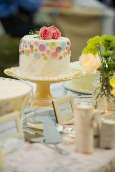 button cake // baby shower #cake #girl vintage buttons, baby shower cakes, smash cakes, little cakes, button cake, wedding cakes, mason jars, cake baby, baby showers