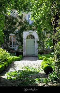 very inviting entry,beautiful old home