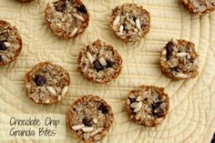 Mommy's Kitchen: Chocolate Chip Granola Bites {Back to School Lunch Box Treat}