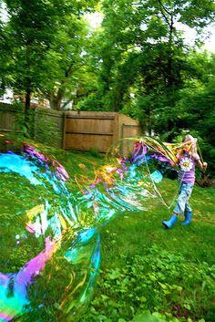 Moment to Moment: Huge bubble magic