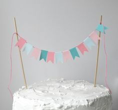the best cake topper flags