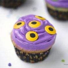 These monster cupcakes are scary good!