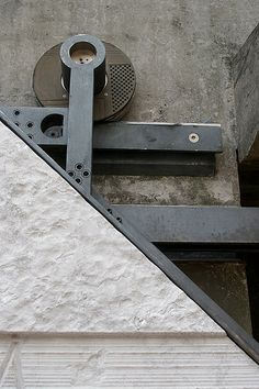 Detail:  Carlo Scarpa's entry to the Università IUAV photo by thom's, via Flickr