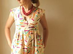 Washi Dress Pattern << really nice and simple dress pattern. I love it sewn with a scoop neck.