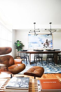 9 Must-Haves for a California Eclectic Home// open plan dining room, industrial light fixtures
