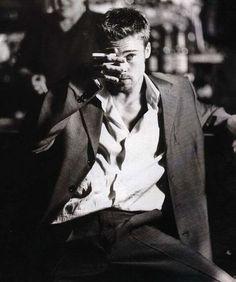 smokingissexy:    Brad Pitt