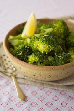 lemon garlic broccoli -- delicious!