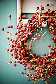 Love the look of cranberry decorations