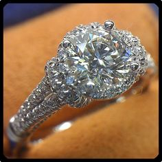 This is unbelievably gorgeous! (Diamond engagement ring (Parisian-117R) by Verragio)