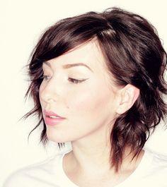 Wavy Hair Tutorial for Short Locks - 20 Pretty Styles for Short to Medium-Length Hair