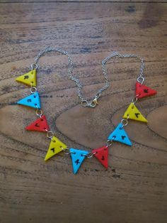 Howling at the moon: Banner Necklace