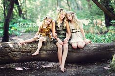Photography pose for three girls