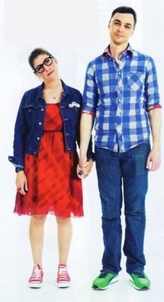 haha great geeky couple in the big bang theory :D
